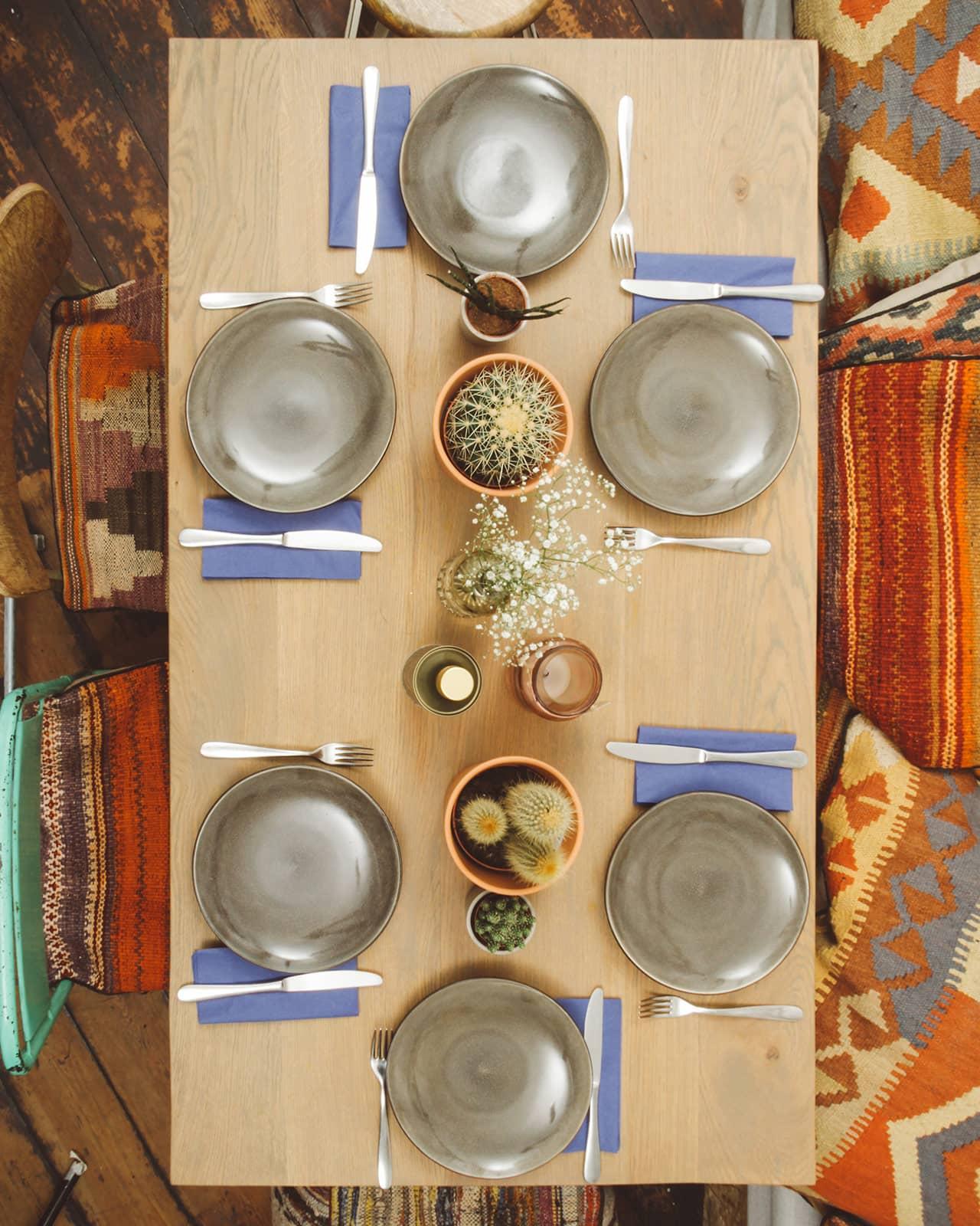Gedekte tafel bij Bijzonder