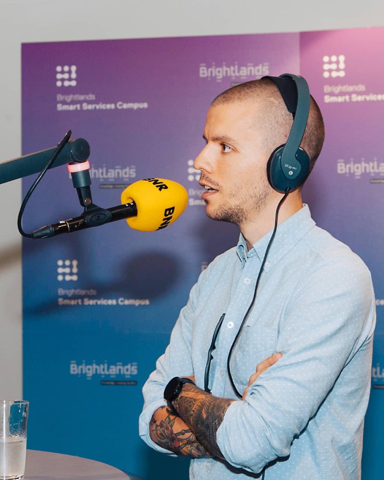Uitzending van BNR Nieuwsradio voor de opening van Brightlands Smart Services Campus in Heerlen